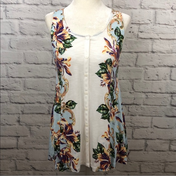 Anthropologie Tops - Akemi + Kim Floral Top